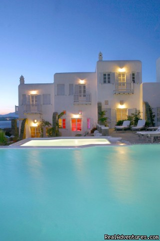 Romantic Luxury Getaway in Mykonos
