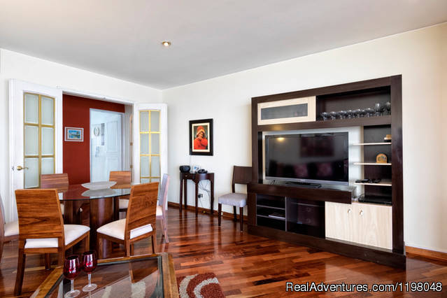 - Miraflores Peru Ocean View Apartment - Oceanfront