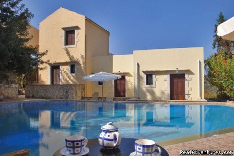 Houses & swimming pool | Image #2/17 | Crete chania  Village Near Beaches