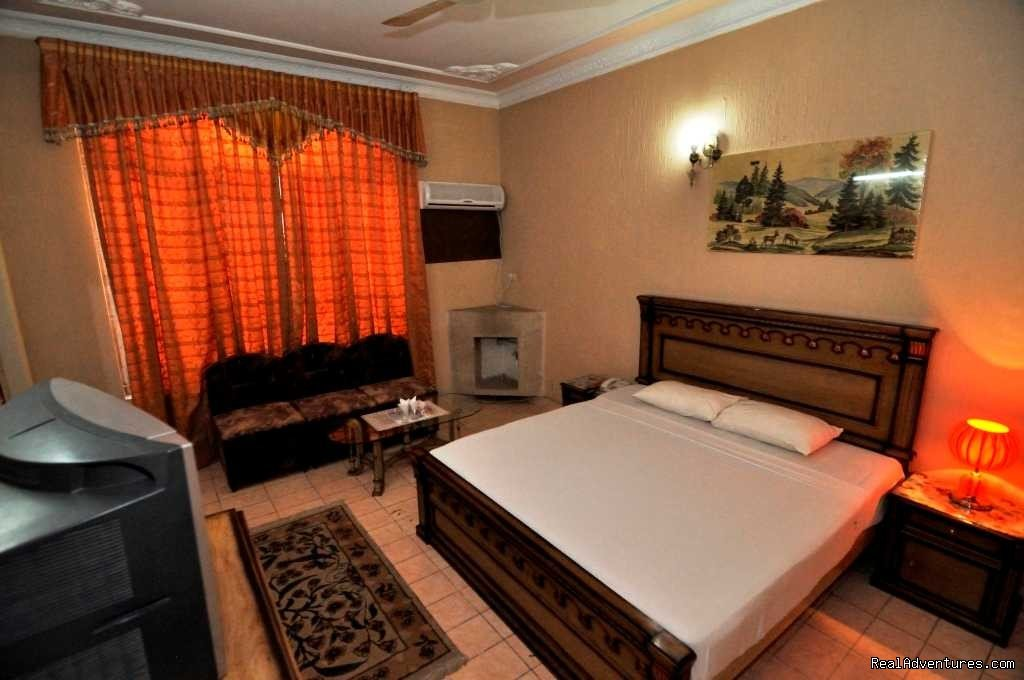 Master RooM view - New Cape Grace Guest House | Image #20/25 | NewCapeGrace Guest House,Hotels IslamabaD Pakistan