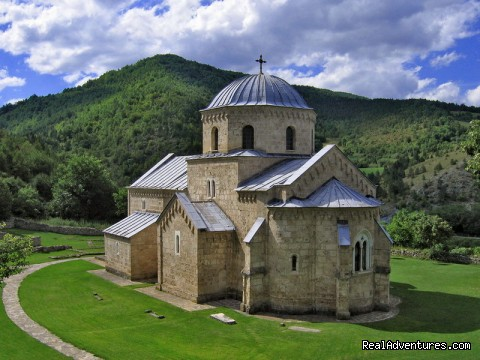 Gradac Monastery - Serbia Wonderland Cultural tours