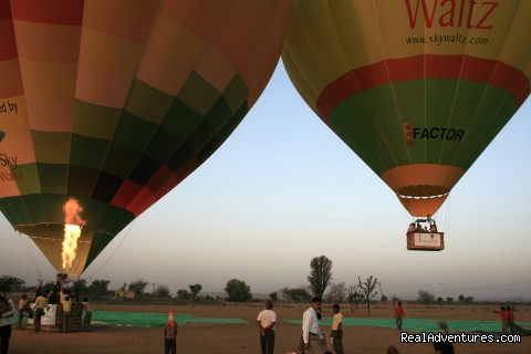 Mintcentive: Hot Air Ballooning