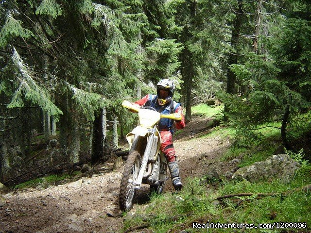 We invite you to discover one of the most beautiful places for enduro. Tens of km of forest roads, trails and neverending alpine meadows. We offer guided off-road tours for beginners and experts, motorcycle rent.