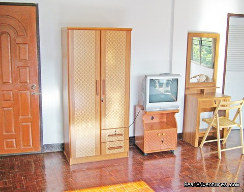 Comfort and convenient Rooms - Bed and Terrace Guesthouse Chiang Mai