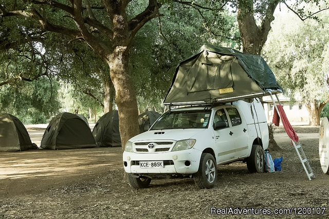 Toyota Hilux with Roof Tent, Camper Hire in Kenya - Roof TopTent in Kenya,Camper Hire ,4WD Kenya