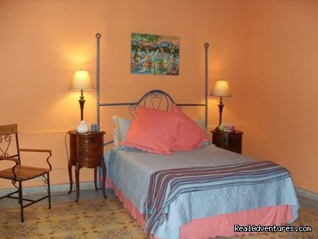 Image #1 of 3 - Casa Tranquila