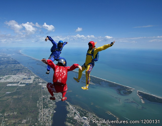 Image #7 of 10 - Skydive over the Florida Coastline