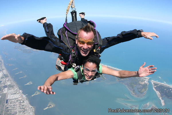 Image #2 of 10 - Skydive over the Florida Coastline