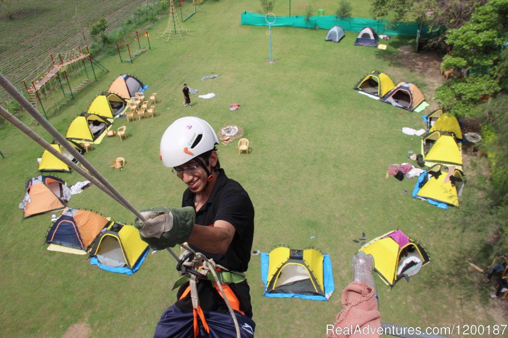 Rappelling Indore, India Rock Climbing