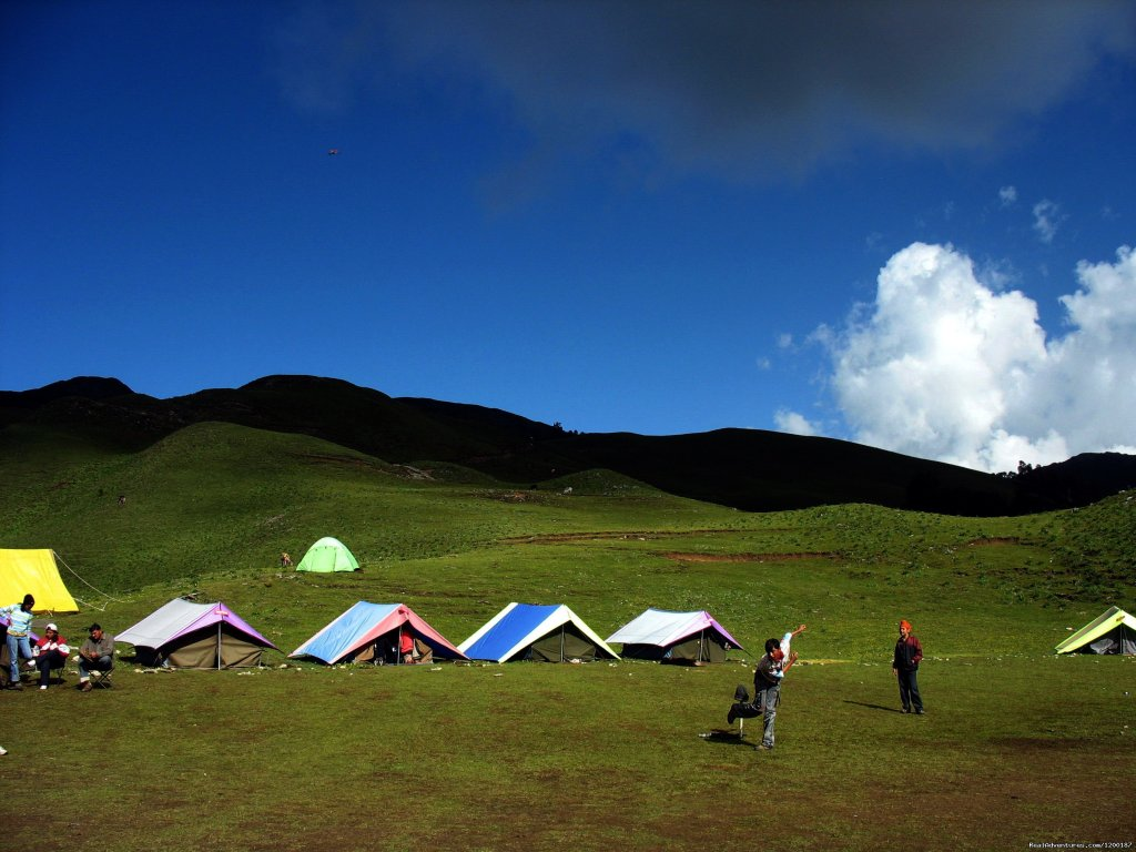 Camping in Himalaya | Image #2/3 | Rappelling