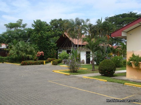 Private parking - Hotel Villa Creole