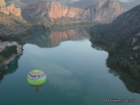 - Hot air Ballooning in Barcelona & Pyrenees