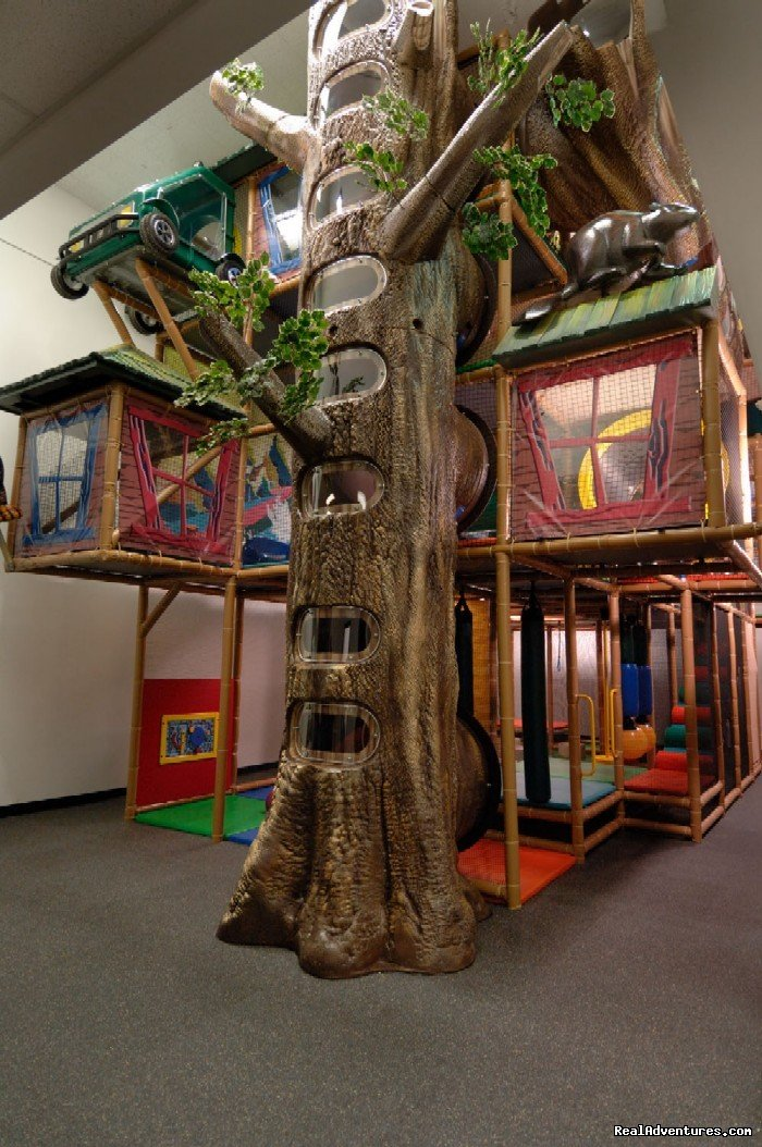 Giant Indoor Playzone | Image #7/7 | Douglas Fir Resort & Chalets