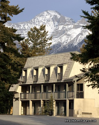 Rundleview Suites - Fun Summers & Winters in Banff National Park