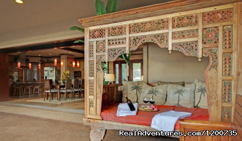 Bali Bed (#1 of 21) - ''Majestic Maui'' Resort Estate