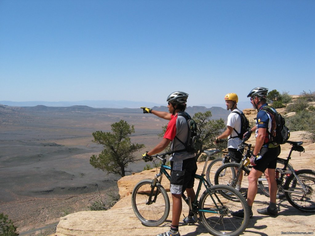Guided mountain biking tours (including bike rentals) for mountain biking adventures in the Zion National Park and Bryce Canyon National Park region.