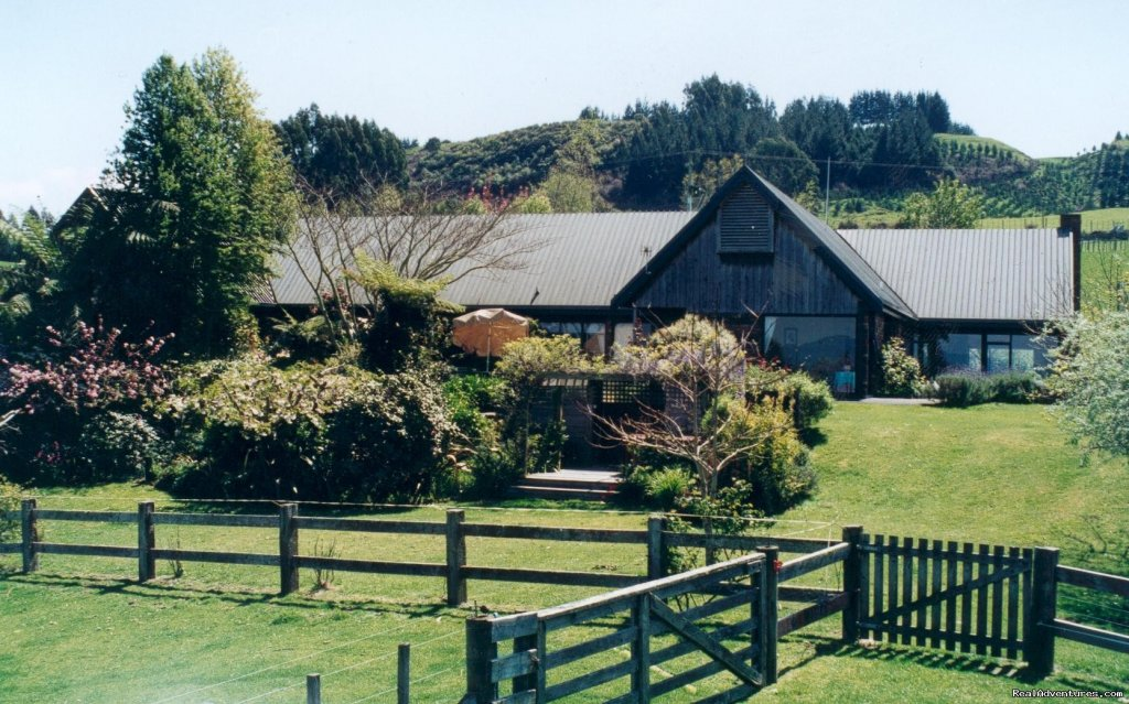 A Panoramic Country Homestay - View from front