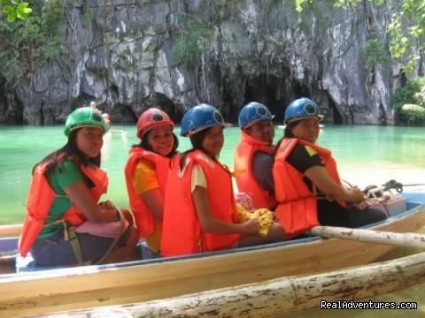 Explore Philippines: