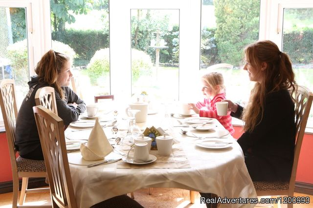 restaurant at Arch House - Quality peaceful  accommodation at ARCH HOUSE B &B