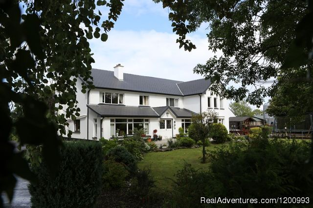 - Quality peaceful  accommodation at ARCH HOUSE B &B