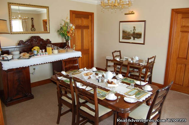 lurganhouse B&B diningroom - Lurgan House
