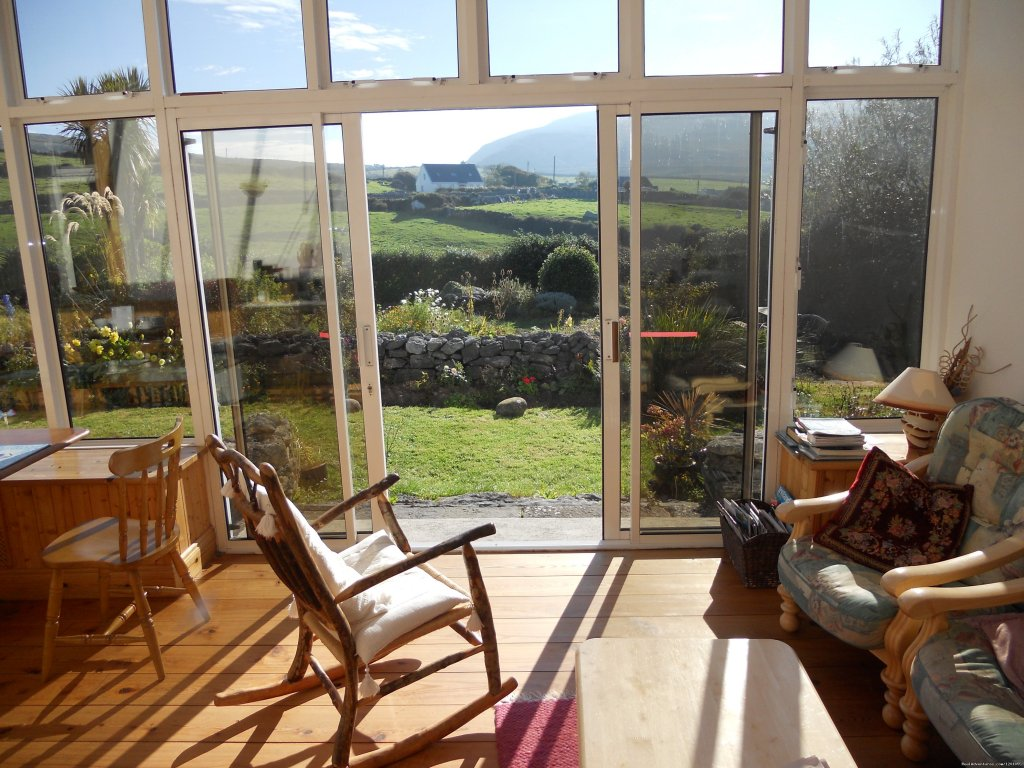 Rocky View Farmhouse Quiet country location . Ballyvaughan Co Clare, Ireland Bed & Breakfasts