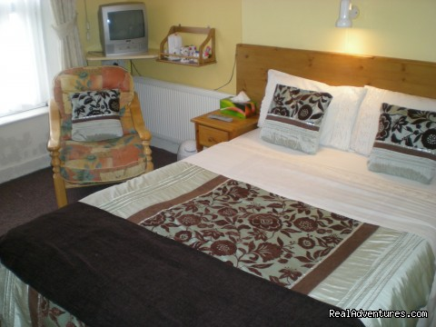 Double Room   No 2 - Kent House