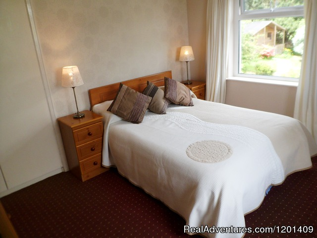 Double room with lake view (#3 of 12) - Heather Lodge..a home from home