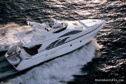 Nicholson Yachts 100 ft Azimut power yacht