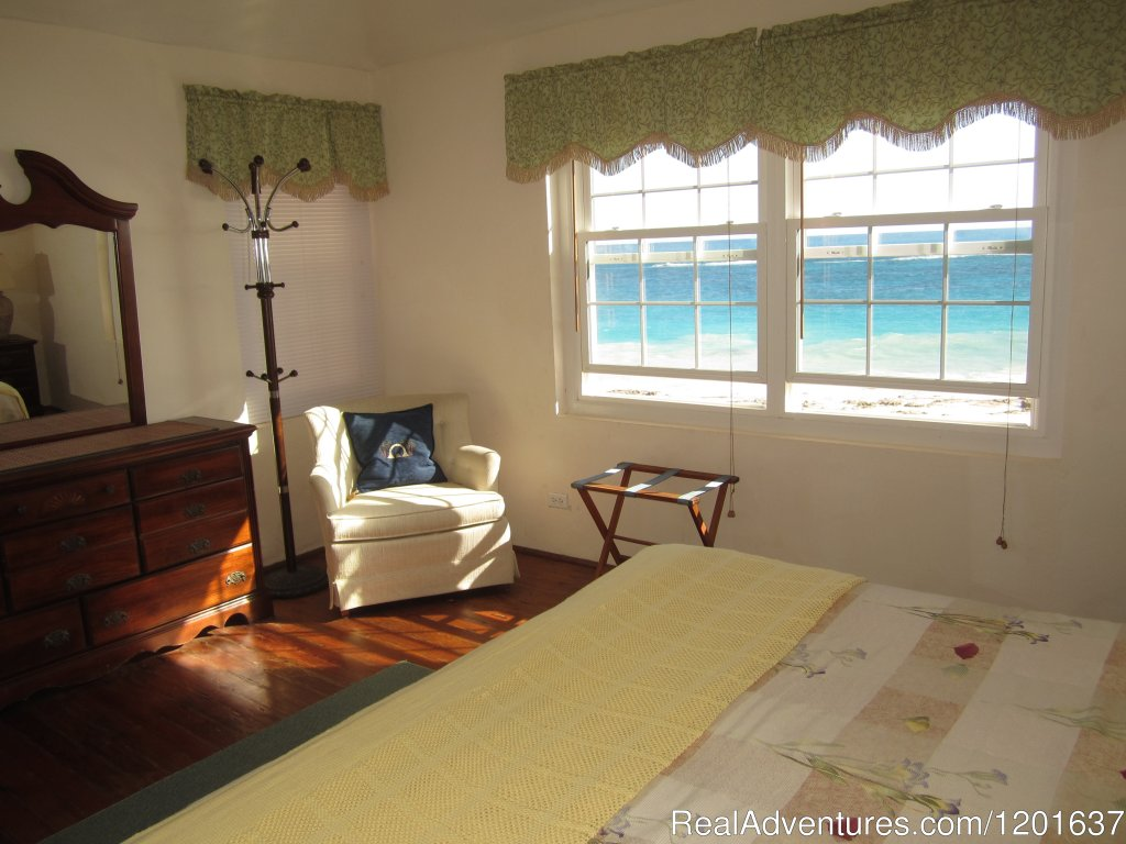 Beach Home Cottage Master Bedroom | Image #2/6 | Grape Bay Cottages