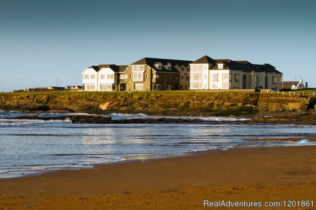 Armada Hotel is located on the beautiful coast of West Clare in Ireland overlooking the Atlantic ocean.  A 4 star award winning hotel and within close proximity to Cliffs of Moher, the Burren, Aran Islands, Doonbeg and Lahinch Golf Courses