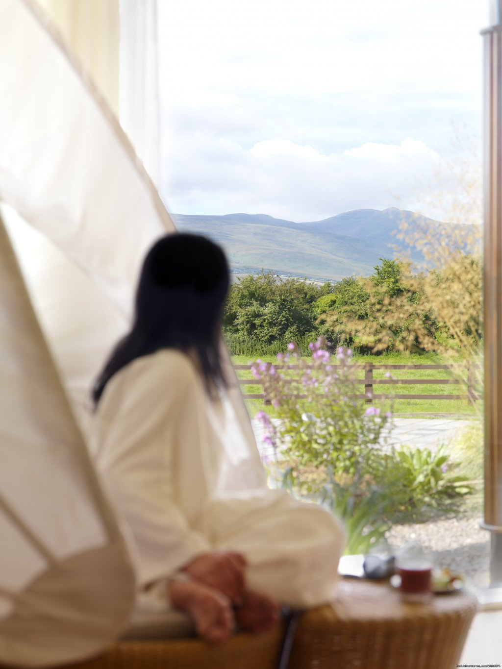 Family owned and operated House Hotel and Spa located on 6 acres of landscaped gardens. Situated with views of the Kerry mountains and a perfect base to explore the Dingle Peninsula and the Ring of Kerry