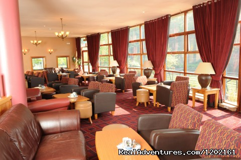 Lounge Area of The Promendae Bar - Riverside Park Hotel and Leisure Club
