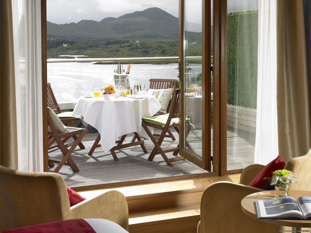 Deluxe Balcony Suite | Image #2/6 | Sneem Hotel & Apartments