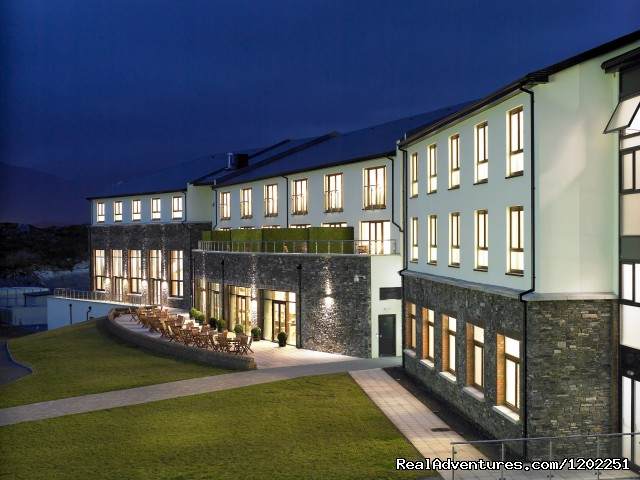 Sneem Hotel & Apartments: Sneem Hotel, Ring of Kerry
