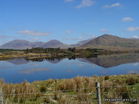 Lough Inagh - Kylemore Pass Hotel