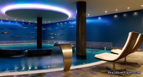 Hilton dublin kilmainham dublin ireland hotels resorts realadventures for Hilton kilmainham swimming pool