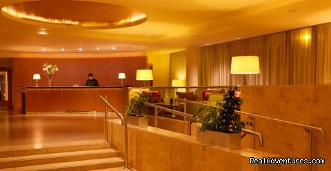 The lobby - Hilton Dublin Kilmainham