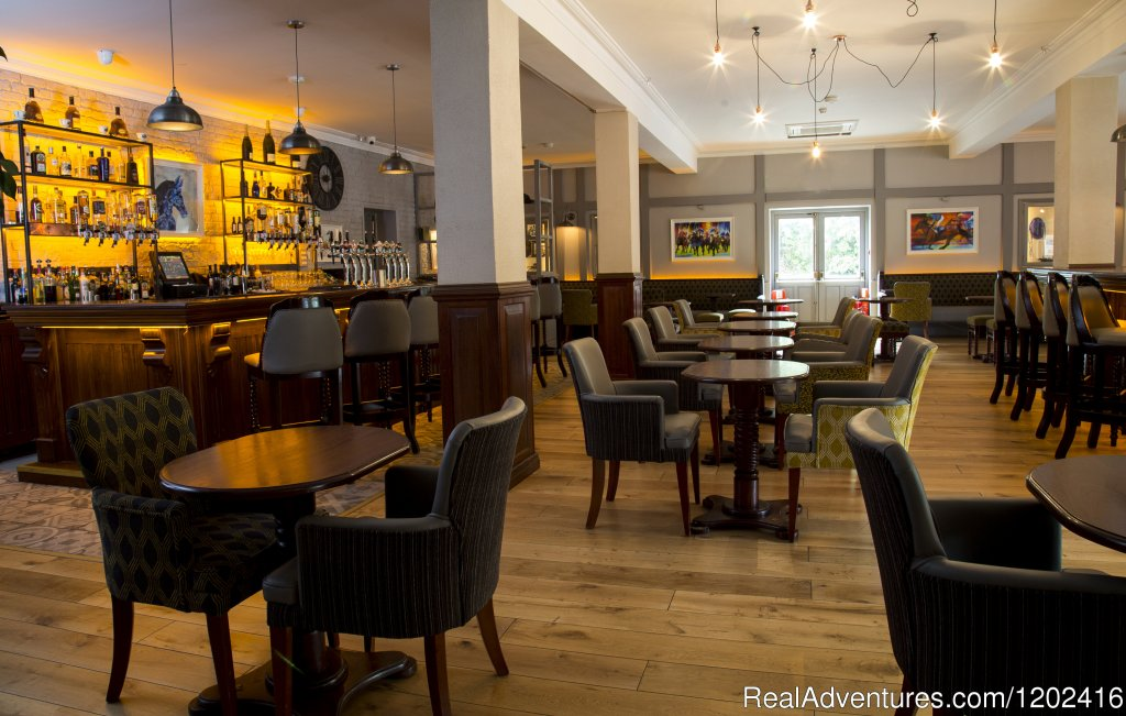 The Paddock Bar, Springhill Court Hotel, Kilkenny | Image #15/19 | Springhill Court Hotel, Conference, Leisure & Spa