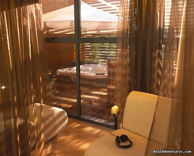 Relaxation Suite - Rain Spa | Image #13/16 | Romantic Spa Retreats with Radisson Blu