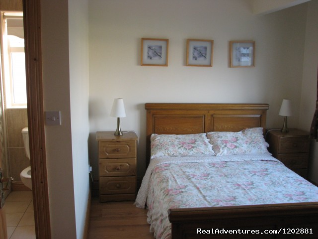Riverside self-catering, bedroom - Riverside Self Catering. Ideal for fishing holiday