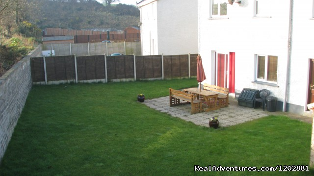 Riverside self-catering, back garden - Riverside Self Catering. Ideal for fishing holiday