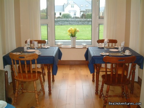 Dining area Cillcoman Lodge - Cillcoman Lodge always a warm welcome assured