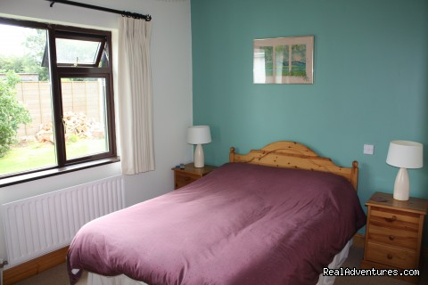 room 3 ,double. - Ash Cottage for historic,sporting or shopping.