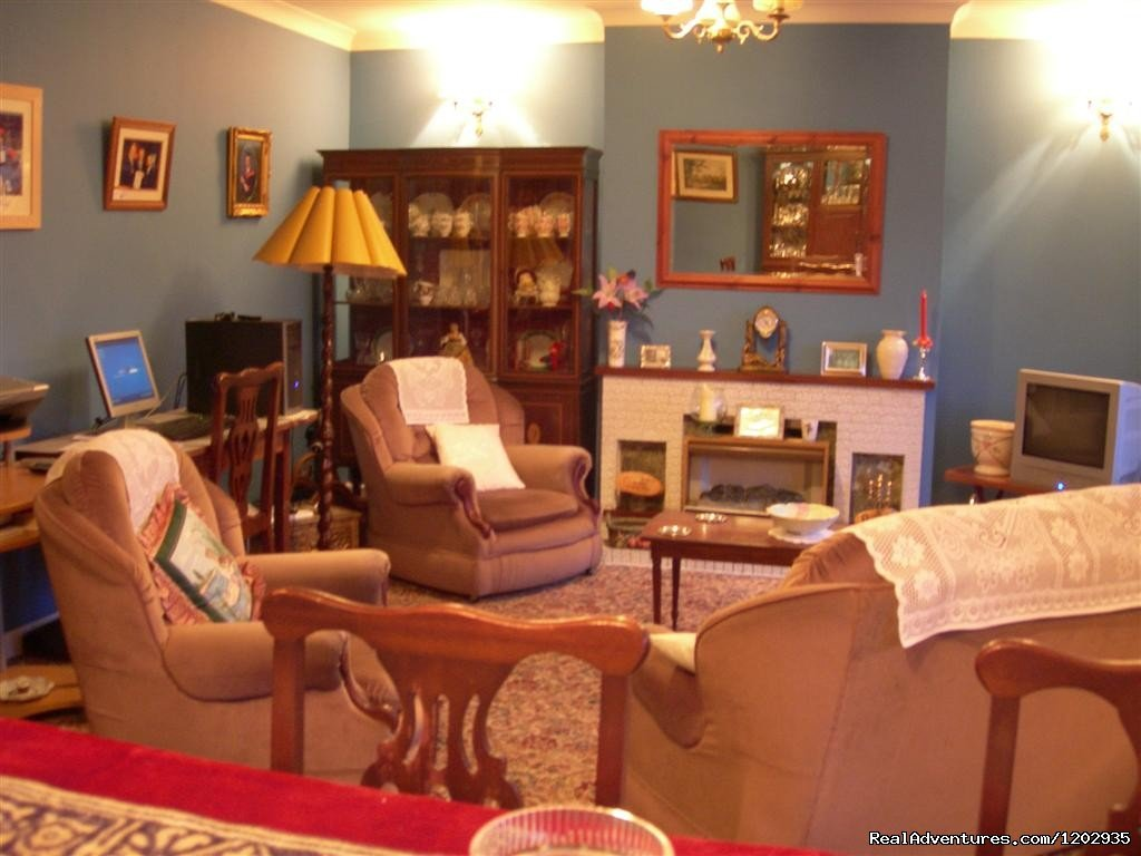 Large Lounge | Image #5/7 | Dalys B&B - A very warm welcome awaits at Dalys B