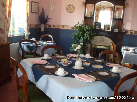 Dining Room at Keppel's Farmhouse, Avoca. - peace and relaxation in restful Keppel's Farmhouse