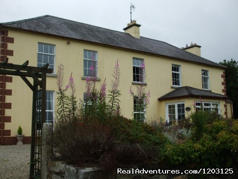 Keppel's Farmhouse, Avoca - Front View. - peace and relaxation in restful Keppel's Farmhouse