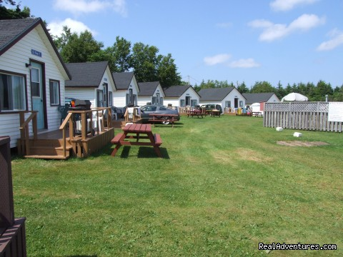 Two Bedroom Cottages - White Sands Cottages and Campground Resort