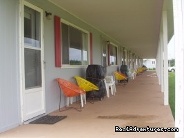 Covered deck - St. Lawrence Motel - HSK Suites