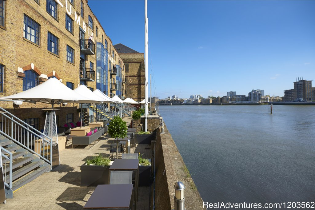Image #6/25 | DoubleTree by Hilton London - Docklands Riverside